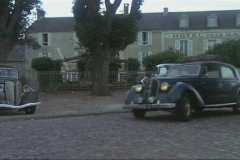 1938-Rosengart-5CV-Supercinq-LR4-N2-dans-La-petite-voleuse-Film-1988